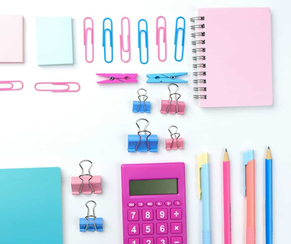 How to Track Expenses and Organize Your Bills