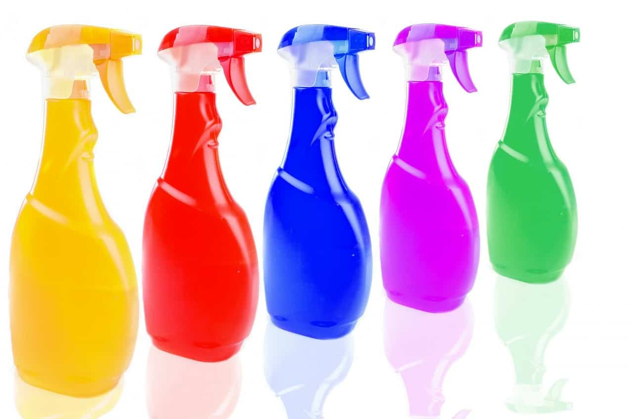 5 Best Ways To Save Money On Cleaning Supplies