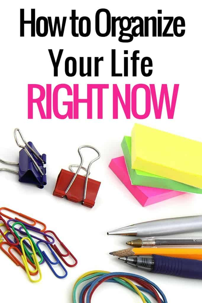 It's time. Here are 18 ways to get organized right now- in your personal life and business life. If you side hustle - there are tips for for you too!