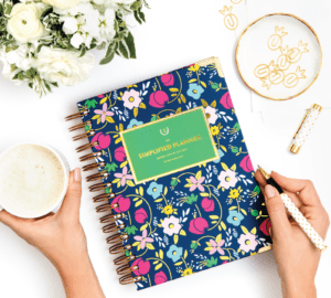 Simplified Planner Review: How I Stay Organized