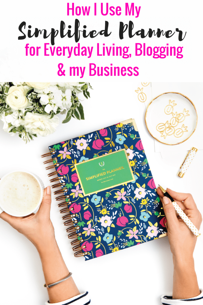 I'm sharing my Simplified Planner review and how I use my planner every day. If you are looking for a planner, here's my Simplified Planner review.